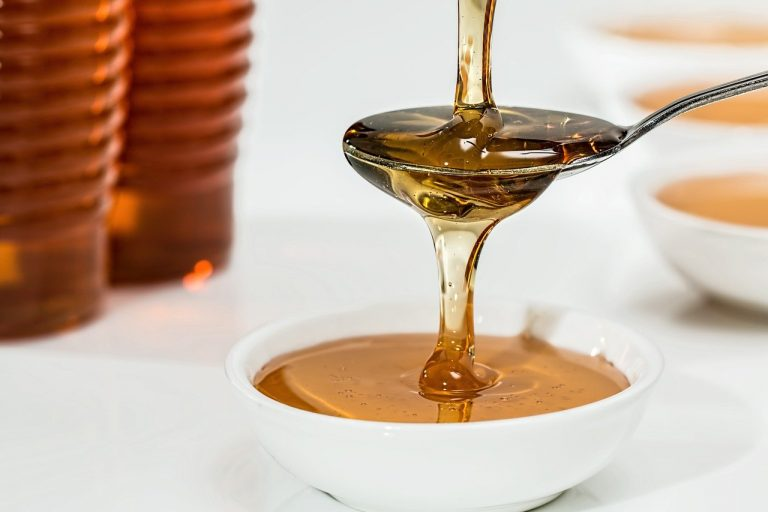 Le pot de miel personnalisé : un cadeau parfait pour vos invités